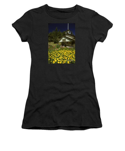 Old Schoolhouse And Garden. Women's T-Shirt (Athletic Fit)