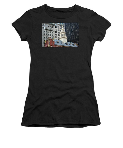 Old State House Boston Ma Women's T-Shirt (Athletic Fit)