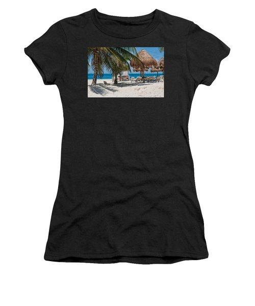White Sandy Beach In Isla Mujeres Women's T-Shirt