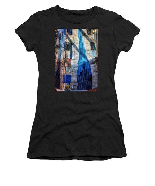 Palau Guell Women's T-Shirt