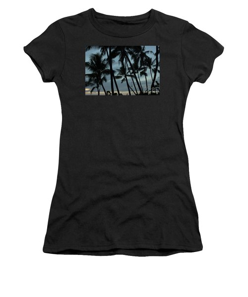 Women's T-Shirt (Junior Cut) featuring the photograph Palms At Dusk by Suzanne Luft