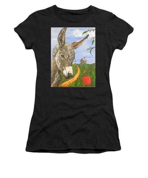 Papas Last Apple Women's T-Shirt (Athletic Fit)