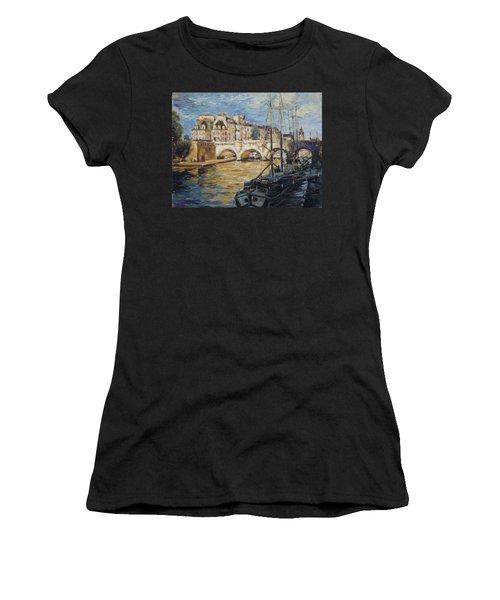 Pont Neuf Paris Women's T-Shirt (Athletic Fit)