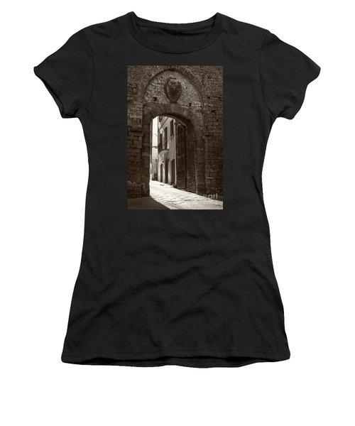 Porta Florentina Women's T-Shirt