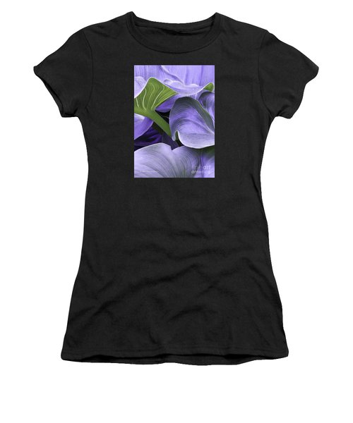 Purple Calla Lily Bush Women's T-Shirt