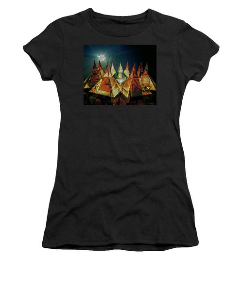 Pyramids Women's T-Shirt