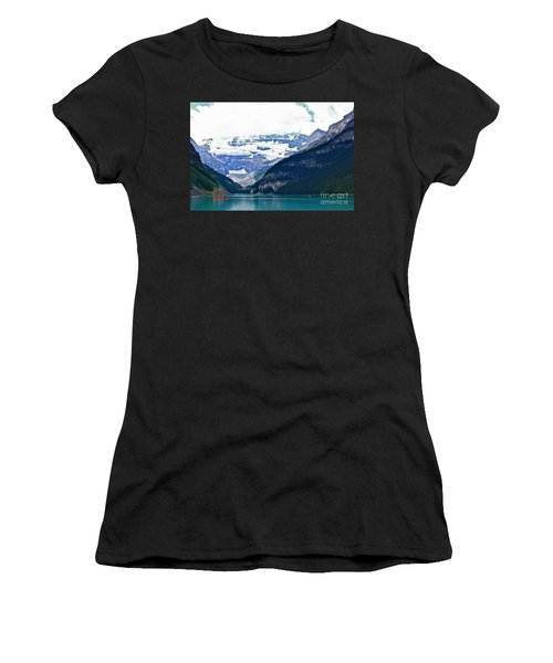 Red Canoes Turquoise Water Women's T-Shirt (Athletic Fit)