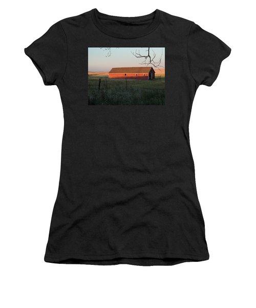 Red Granary Barn Women's T-Shirt