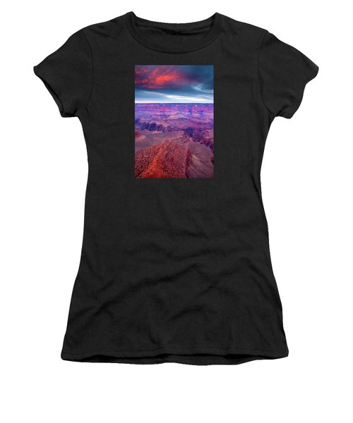 Red Rock Dusk Women's T-Shirt