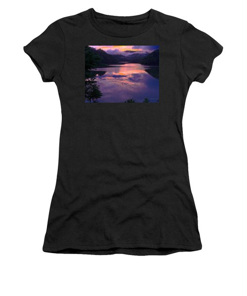 Reflected Sunset Women's T-Shirt (Athletic Fit)