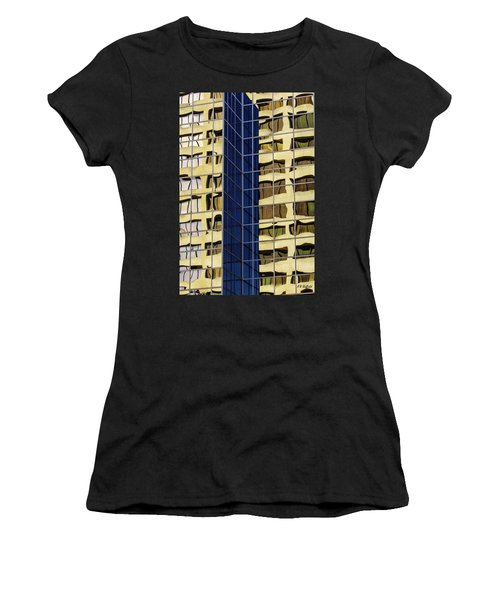 Reflecting Architecture  Women's T-Shirt