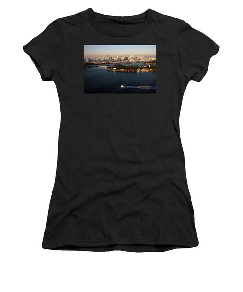 Retro Style Miami Skyline Sunrise And Biscayne Bay Women's T-Shirt
