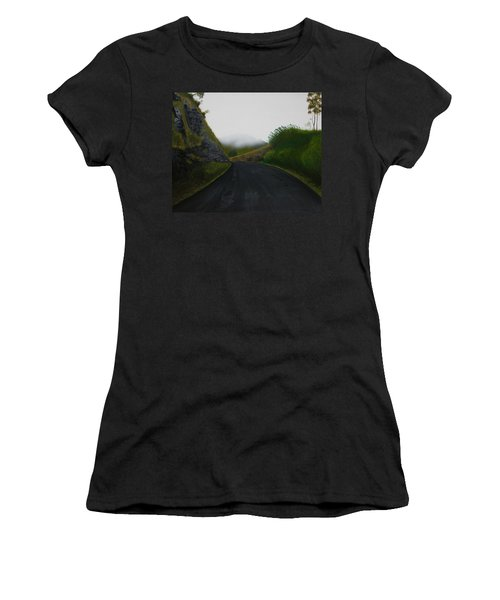Road Near Gresford Nsw Women's T-Shirt (Athletic Fit)