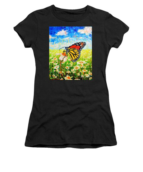 Royal Monarch Butterfly In Daisies Women's T-Shirt