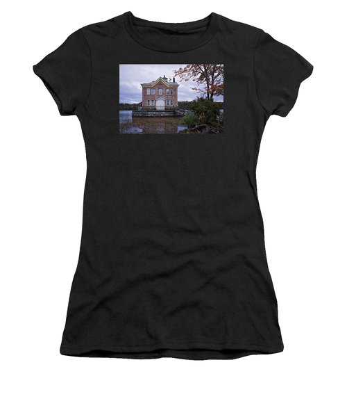 Saugerties Lighthouse Women's T-Shirt