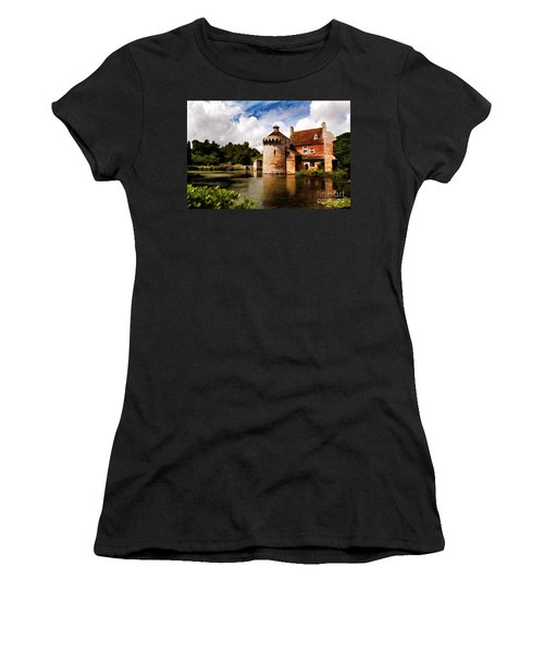 Scotney Castle Women's T-Shirt (Athletic Fit)
