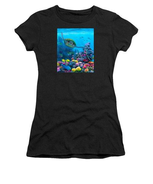 Secret Sanctuary - Hawaiian Green Sea Turtle And Reef Women's T-Shirt