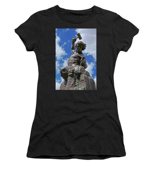 Self Made Man Women's T-Shirt