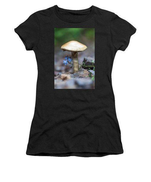 Shy Women's T-Shirt