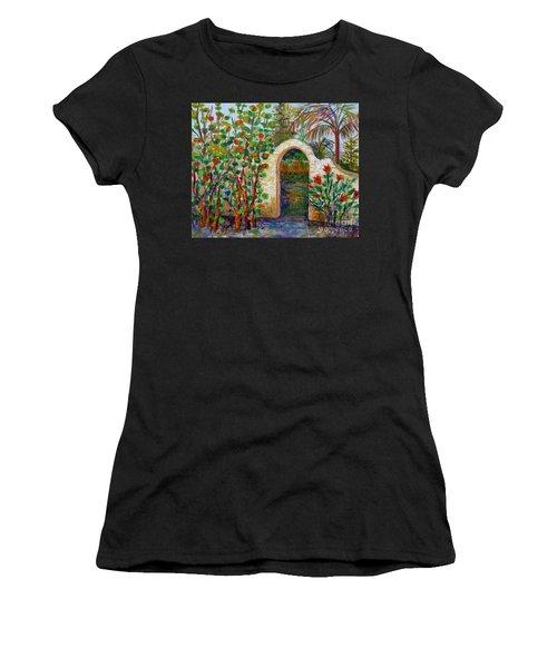 Siesta Key Archway Women's T-Shirt (Athletic Fit)