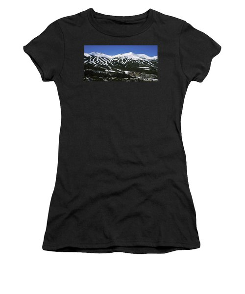 Ski Resorts In Front Of A Mountain Women's T-Shirt