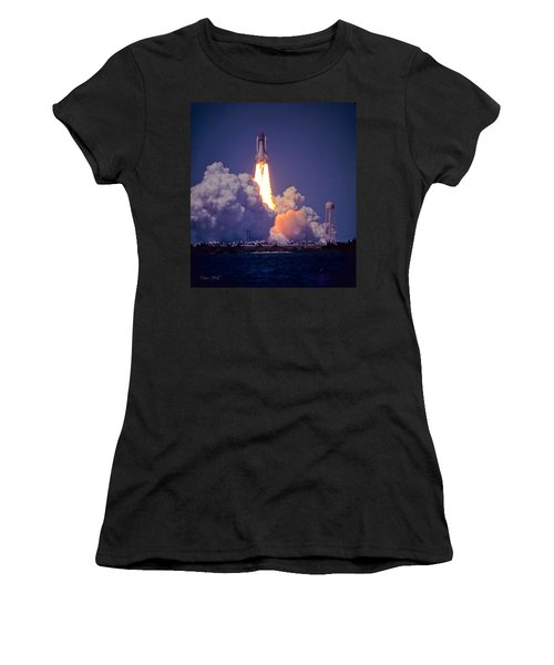 Space Shuttle Challenger Sts-6 First Flight 1983 Photo 1  Women's T-Shirt (Athletic Fit)