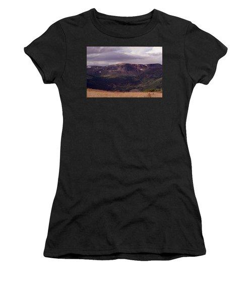 Spatzizzi Plateau Women's T-Shirt (Athletic Fit)