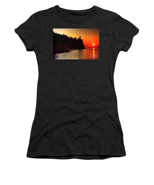 Split Rock Lighthouse - Sunrise Women's T-Shirt