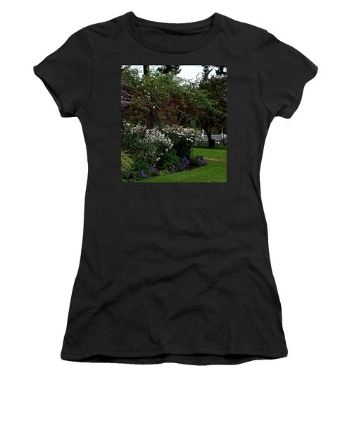 Springtime In The Park Women's T-Shirt (Athletic Fit)