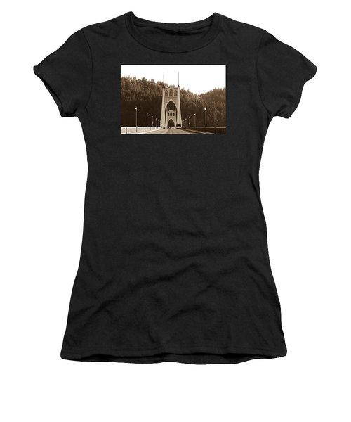 St. John's Bridge Women's T-Shirt (Athletic Fit)