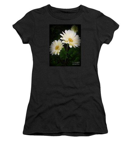 Stand By Me Gerber Daisy Women's T-Shirt (Junior Cut) by Lingfai Leung