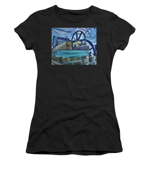 Sugar Mill Gizmo Women's T-Shirt