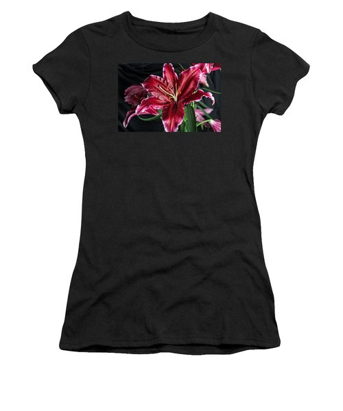 Sumatran Lily Women's T-Shirt (Athletic Fit)