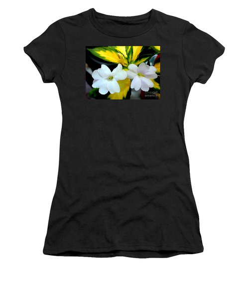 Sun Patiens Spreading White Variagated Women's T-Shirt (Athletic Fit)