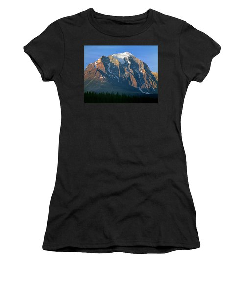 1m3518-sunrise On Mt. Temple Women's T-Shirt