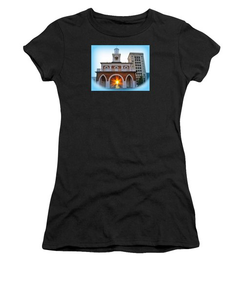 Historic 1 Women's T-Shirt (Athletic Fit)