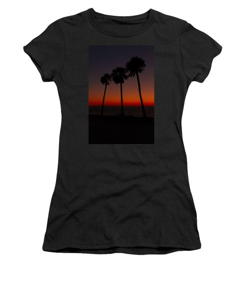 Sunset Beach Silhouette Women's T-Shirt (Athletic Fit)