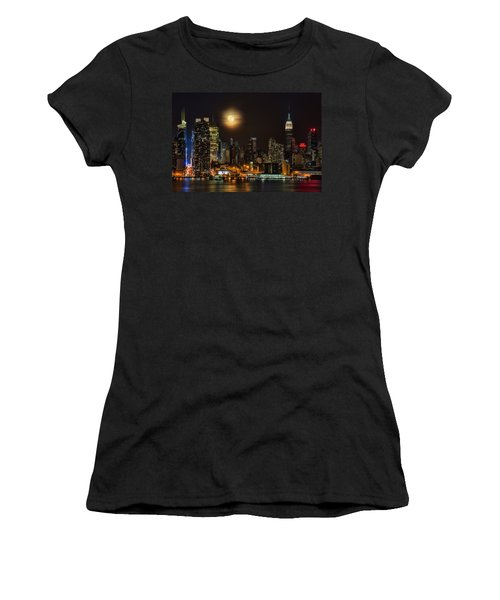Super Moon Over Nyc Women's T-Shirt (Junior Cut) by Susan Candelario