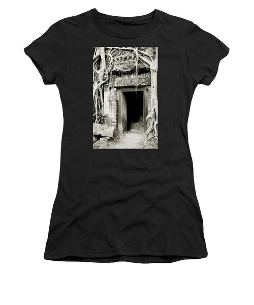 Ta Prohm Doorway Women's T-Shirt