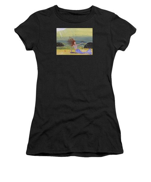 Talking To The Fishes Women's T-Shirt (Athletic Fit)