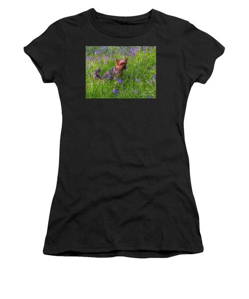 Teddy Amongst The Bluebells Women's T-Shirt (Athletic Fit)