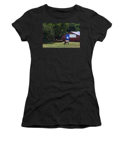 Texas Longhorn Grazing Women's T-Shirt