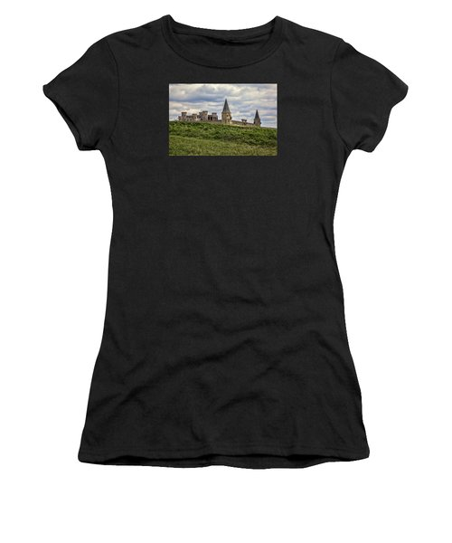 The Castle - Versailles Ky Women's T-Shirt (Athletic Fit)