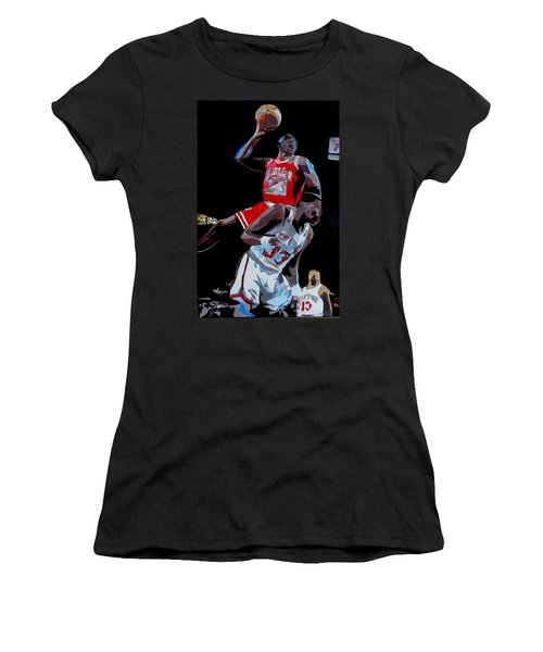 The Dunk Women's T-Shirt (Athletic Fit)
