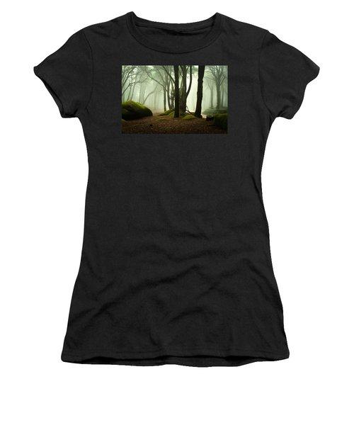 The Elf World Women's T-Shirt