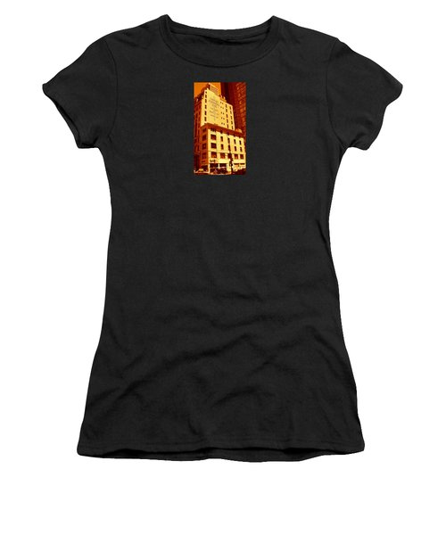 The Old Good Days In Manhattan Women's T-Shirt