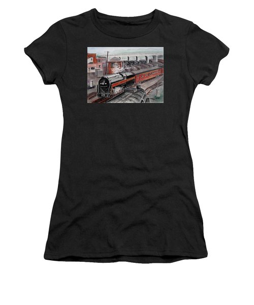 The Powhatan Arrow Roars Through The Yards Into Portmouth Women's T-Shirt