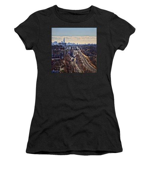 Women's T-Shirt (Junior Cut) featuring the photograph Toddlin' Chicago by John Hansen