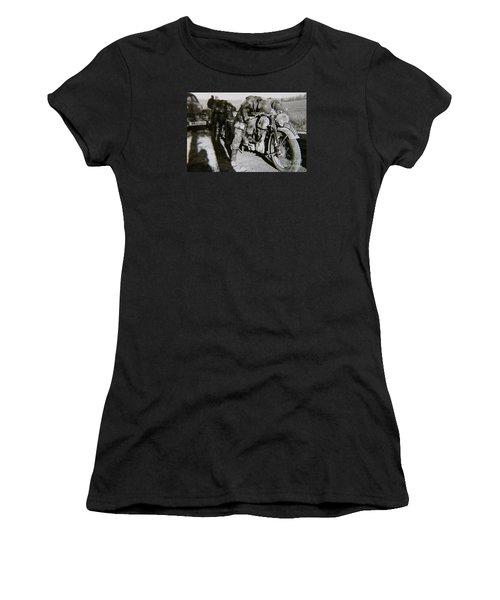 Todmude / Dead Tired Women's T-Shirt (Athletic Fit)