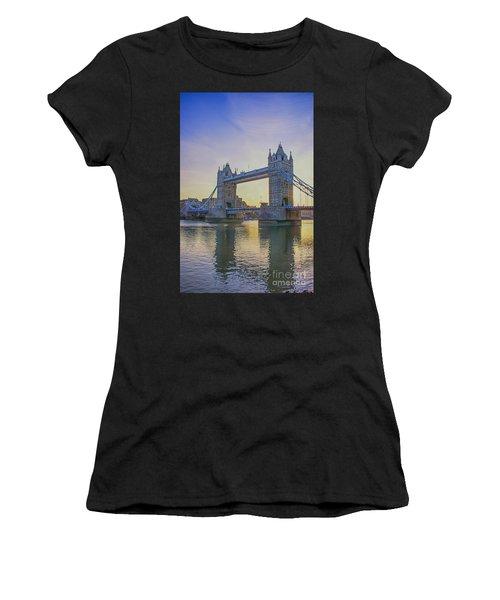 Tower Bridge Sunrise Women's T-Shirt (Athletic Fit)